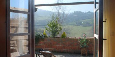 Estancia familiar tipo estudio vista acceso a terraza