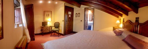 Habitación La Gemela Oeste, vista desde la cama