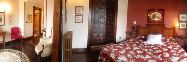 Habitación la grande, vista panorámica del salón y la habitación